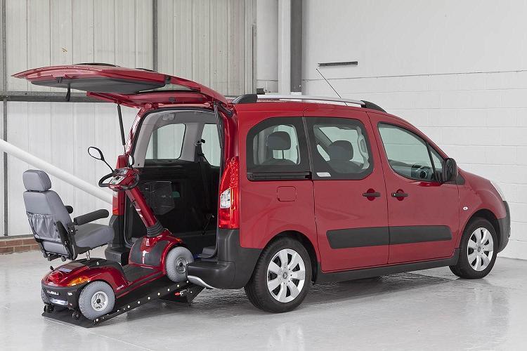 Accessibilité pour tous : aménagement du véhicule pour personnes
